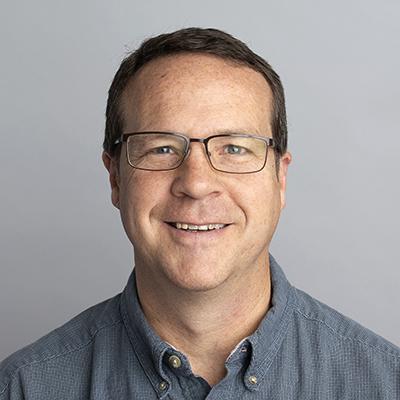 Dr. Alan G Boggie