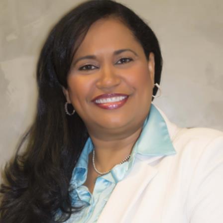 Dr. Alejandra Taveras