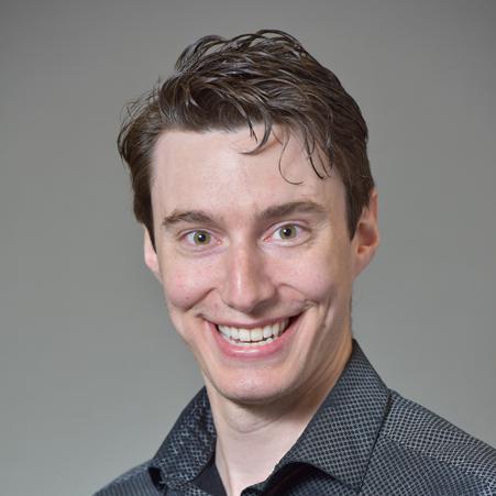 Dr. Alex R Lund