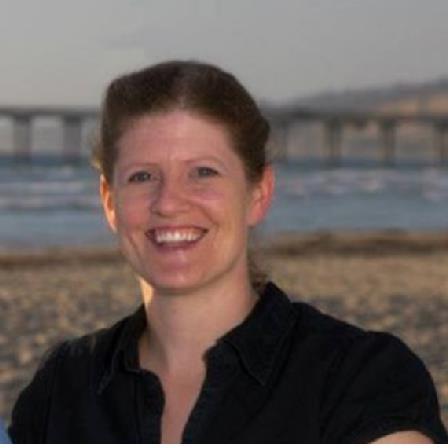 Dr. Amanda Robinson