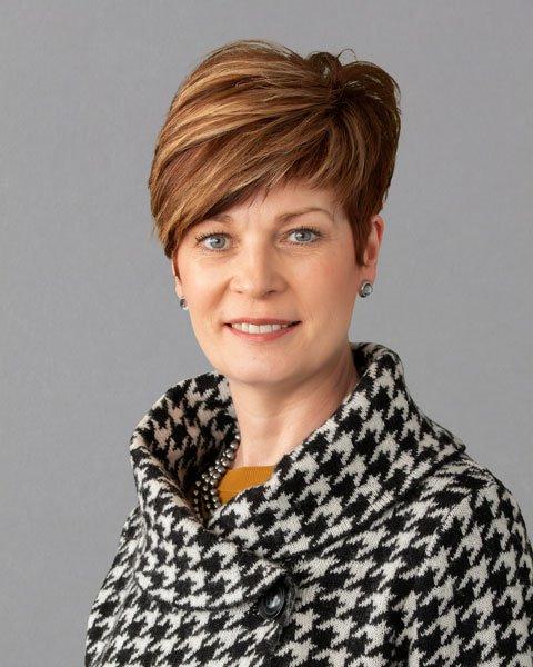 Dr. Annette G Dunford