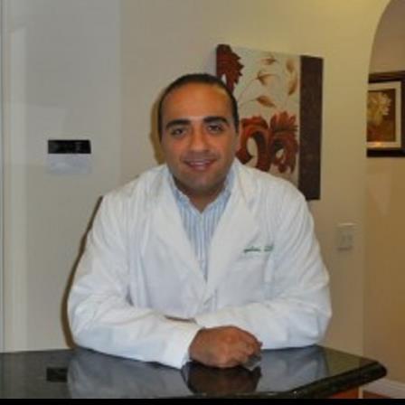 Dr. Arash Napeloni