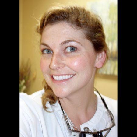 Dr. Ashley S Araiza