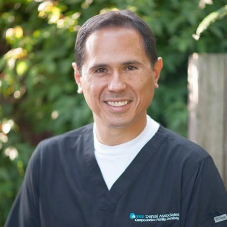 Dr. Carlos E Campodonico