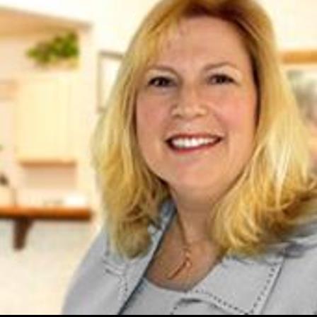 Dr. Carol A Lindegren