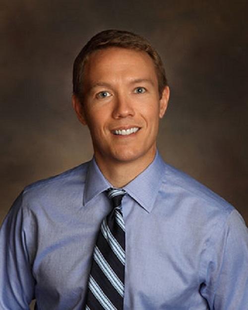 Dr. Christopher Lundberg