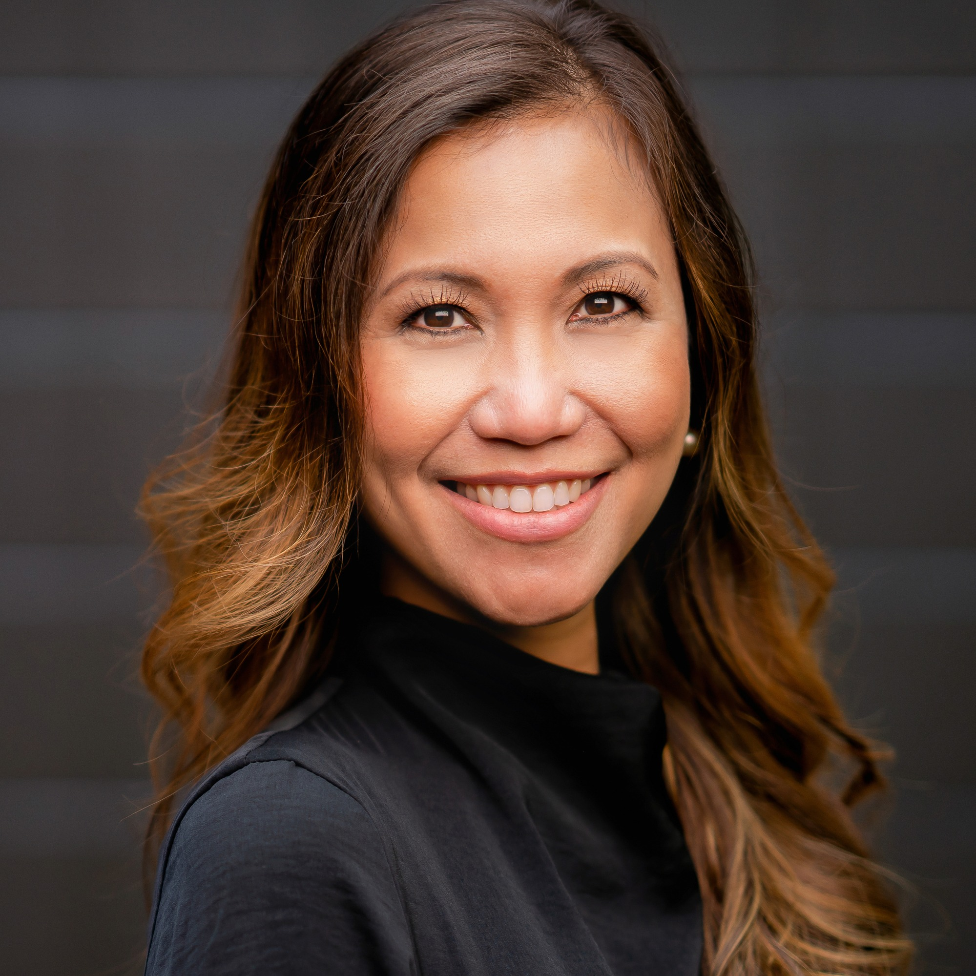 Dr. Claire Enriquez Escario