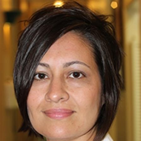 Dr. Claudia Posso