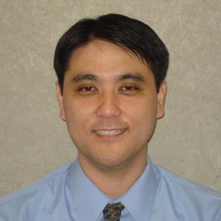 Dr. Claudio E Iwamoto