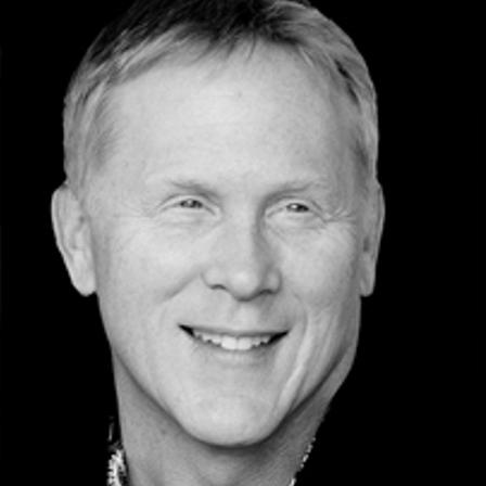 Dr. Dan E Gustavson