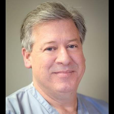 Dr. Daniel E Riggs
