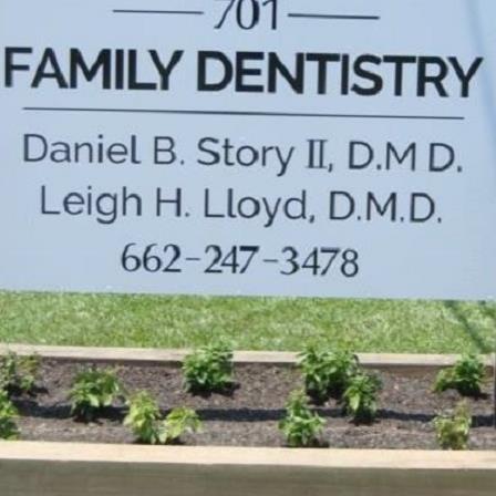 Dr. Daniel B Story, II