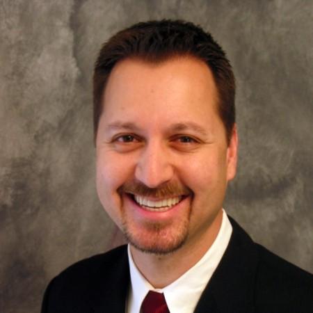 Dr. Daniel Wolter