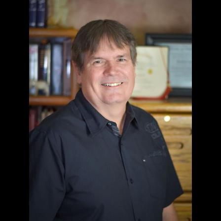 Dr. David P Lindstrom