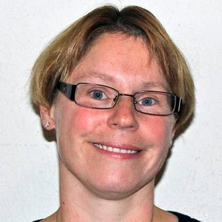 Dr. Deanna L O'Neil
