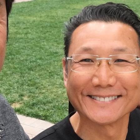 Dr. Dennis R Wong