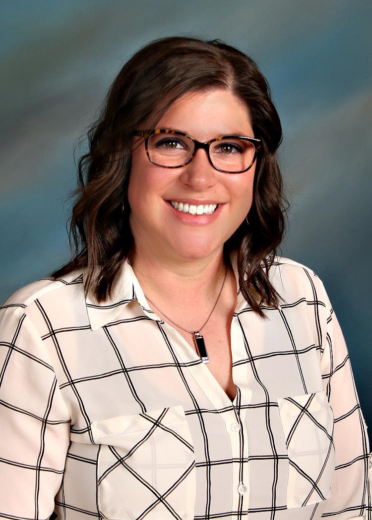 Dr. Elizabeth L Papineau