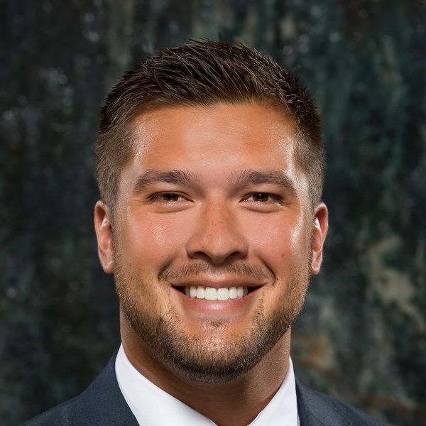 Dr. Eric V Christenson
