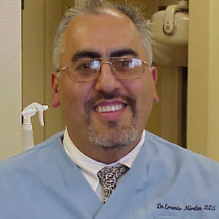 Dr. Ernesto Mireles