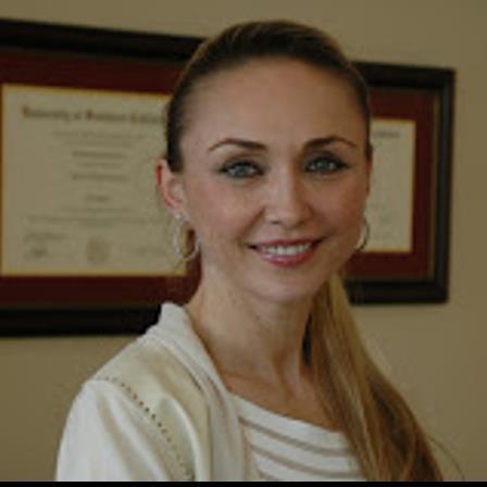 Dr. Ewa Hame