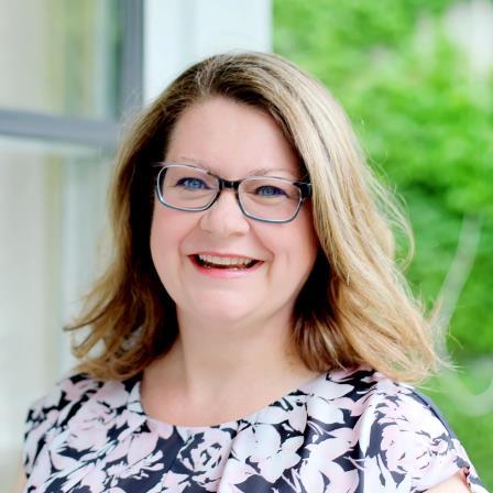 Dr. Jennifer K Kluth