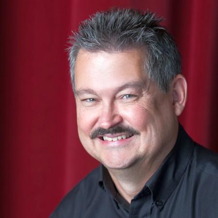 Dr. John D McQuillen