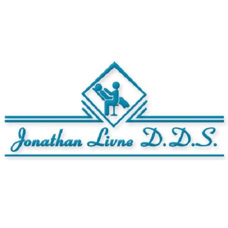 Dr. Jonathan Livne