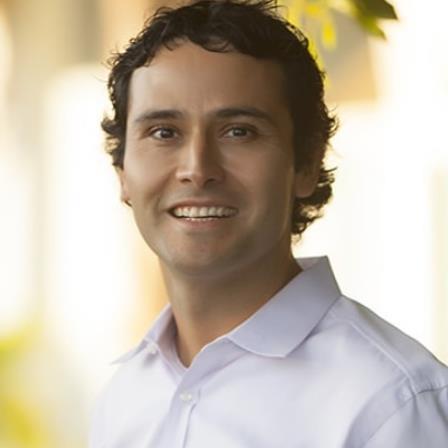 Dr. Jorge Larrondo