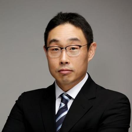 Dr. Jung Nam