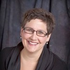 Dr. Kindra L Bratteig