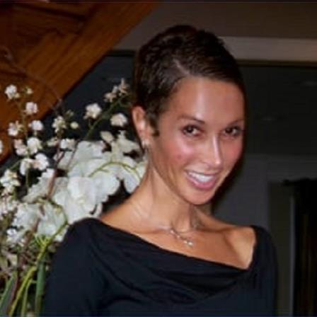 Dr. Lara D Minahan