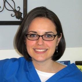 Dr. Lauren E Mentasti