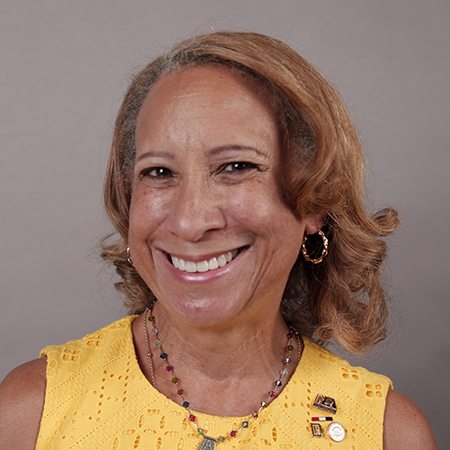 Dr. Leslie E Grant