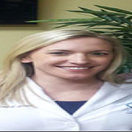Dr. Lindsay E Grosso
