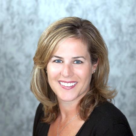 Dr. Lisa C Daft