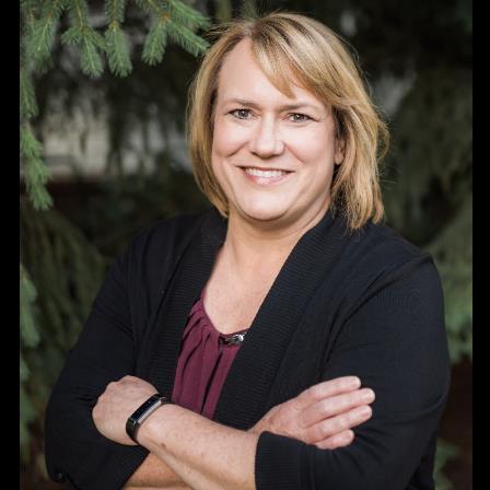 Dr. Lisa M Spier