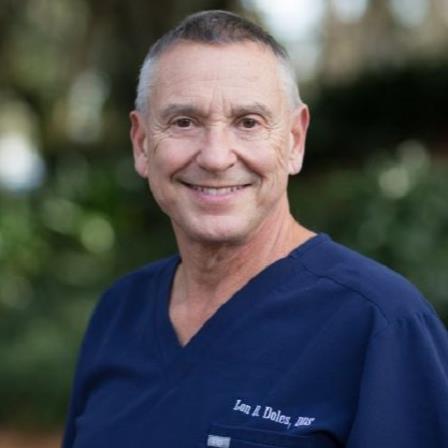 Dr. Lonnie R Doles