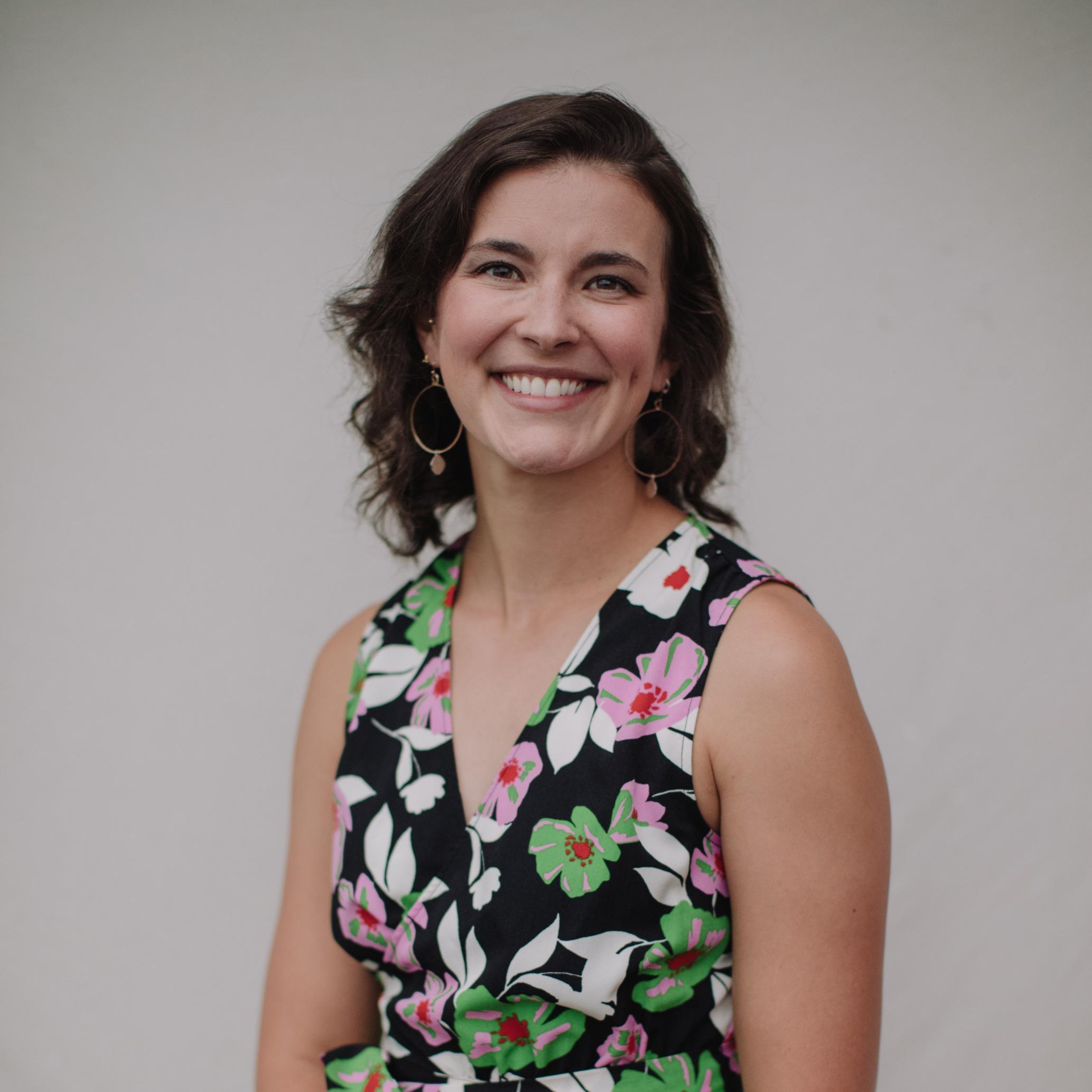 Dr. Magdalena S Holz