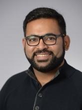 Dr. Mahesh H Sadhnani