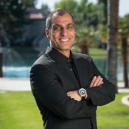 Dr. Majid Arooni