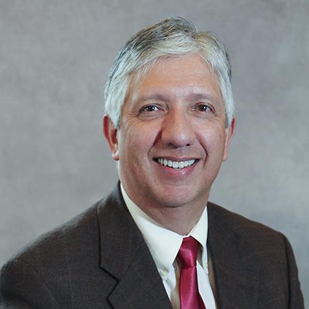 Dr. Mario Benavente