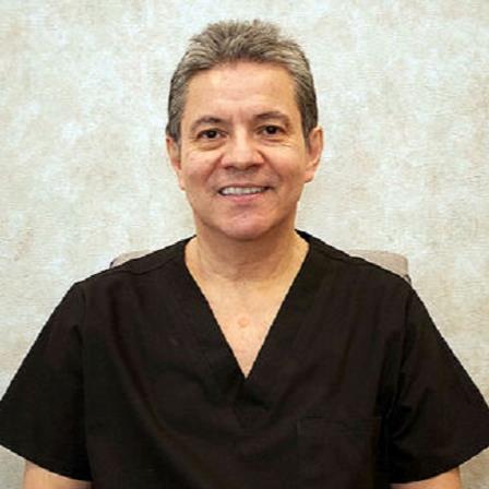 Dr. Mario Marroquin