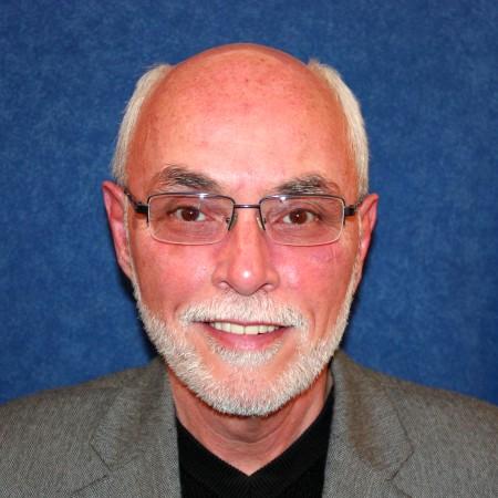 Dr. Martin G Goebbel