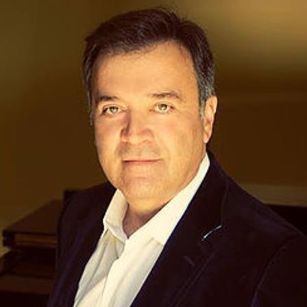 Dr. Mehdi Motakef