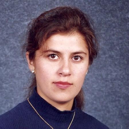Dr. Mercedes Roberts