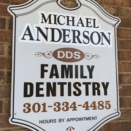 Dr. Michael D Anderson