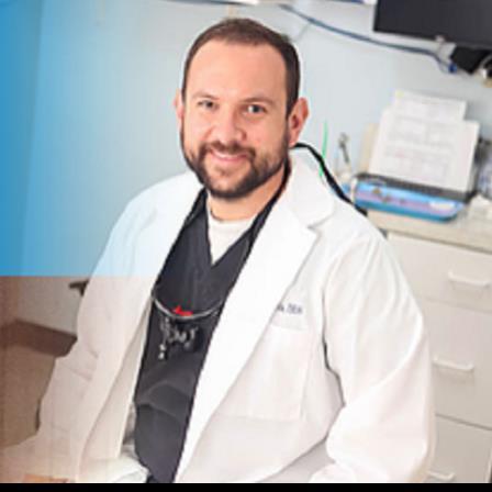 Dr. Michael P Travis