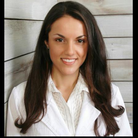Dr. Mona Daneshi