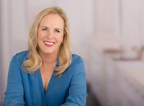 Dr. Nadine Egger