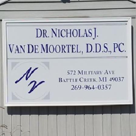Dr. Nicholas J. Van De Moortel
